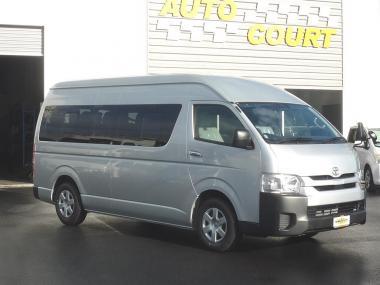 2020 Toyota Hiace Commuter GL Minibus (Near New)