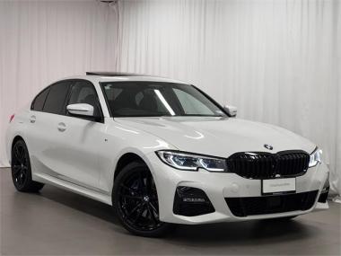 2021 BMW 330e Sedan M-Sport+Visibility+Comfort