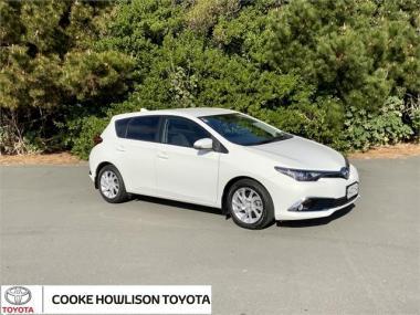 2017 Toyota Corolla GLX HATCH