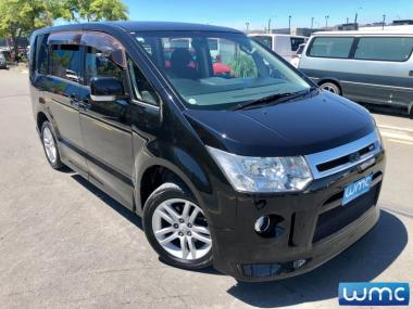 2008 Mitsubishi Delica D5 G-Package 8 Seater