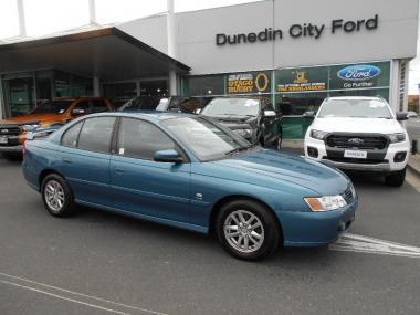 2004 Holden Commodore ACCLAIM V6 sedan auto