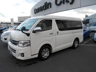 2012 Toyota Hiace 10 seater Light Van