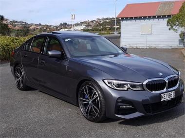 2019 BMW 330i M-Sport+Visibility+Plus