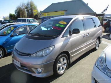 2004 Toyota Estima Aeras 8 Seater