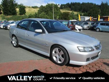 2004 HOLDEN COMMODORE CALAIS V8