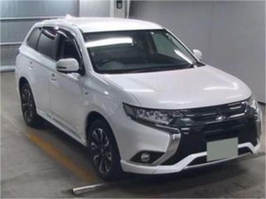 2016 Mitsubishi Outlander Phev G 4WD - 31,242km