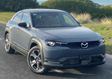 2021 Mazda MX30 MX30 A FWD Ltd 2.0l 6AT Pet M Hybr