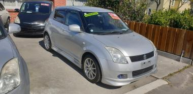 suzuki swift kitted with alloys