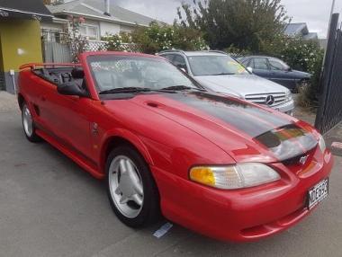 1994 Ford Mustang V8 convertible