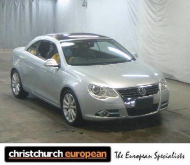 2007 Volkswagen EOS 2.0T Hardtop Convertible
