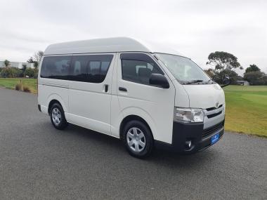 2014 Toyota Hiace 3.0 Diesel Highroof