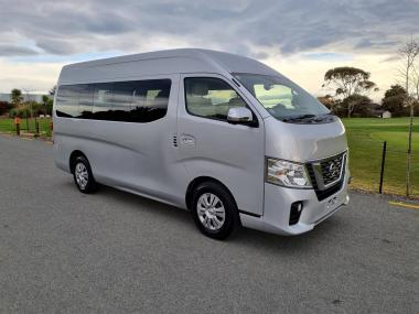 2018 Nissan NV350 10 Seater