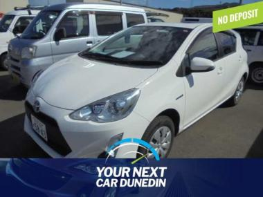 2015 Toyota Aqua Hybrid No Deposit Finance