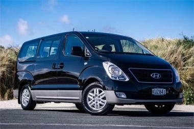 2017 Hyundai H1 Passenger Van 2.5 CRDi Elite A5