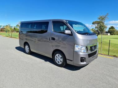 2017 Nissan NV350 10 Seater
