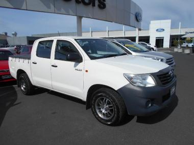 2012 Toyota Hilux 2wd 2.7 petrol 5spd Manual