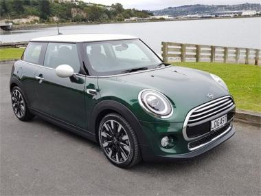 2018 Mini Cooper 3 Door Hatch Chilli