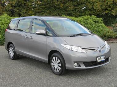 2015 Toyota Previa 8 Seater 2WD