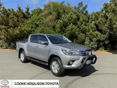 2017 Toyota Hilux 4WD SR5 2.8DT DOUBLE CAB UTE/4 6