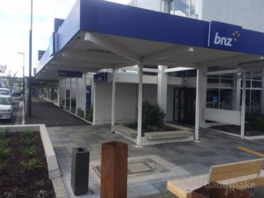BUILDING FOR SALE IN BALCLUTHA