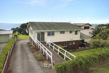 THE NEW ZEALAND BEACHFRONT DREAM